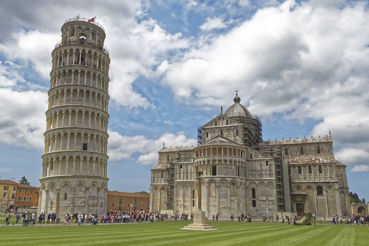 Leaning Tower of Pisa: Facts & Figures