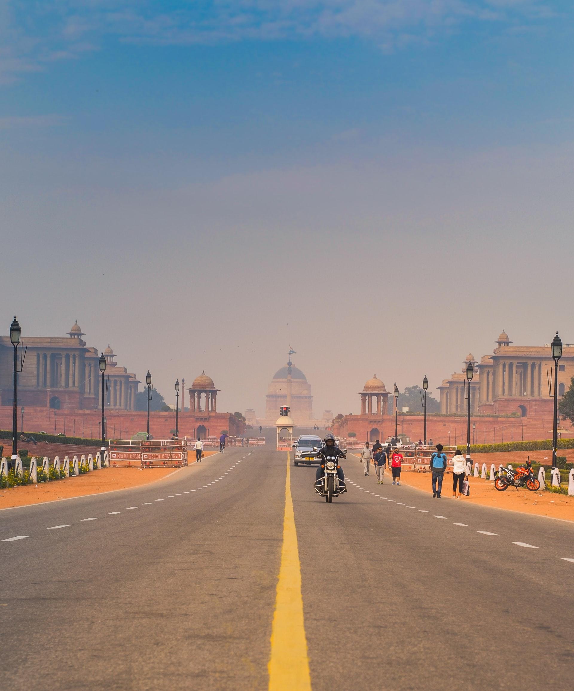 Lutyens' Delhi: British Architecture in Indian Culture
